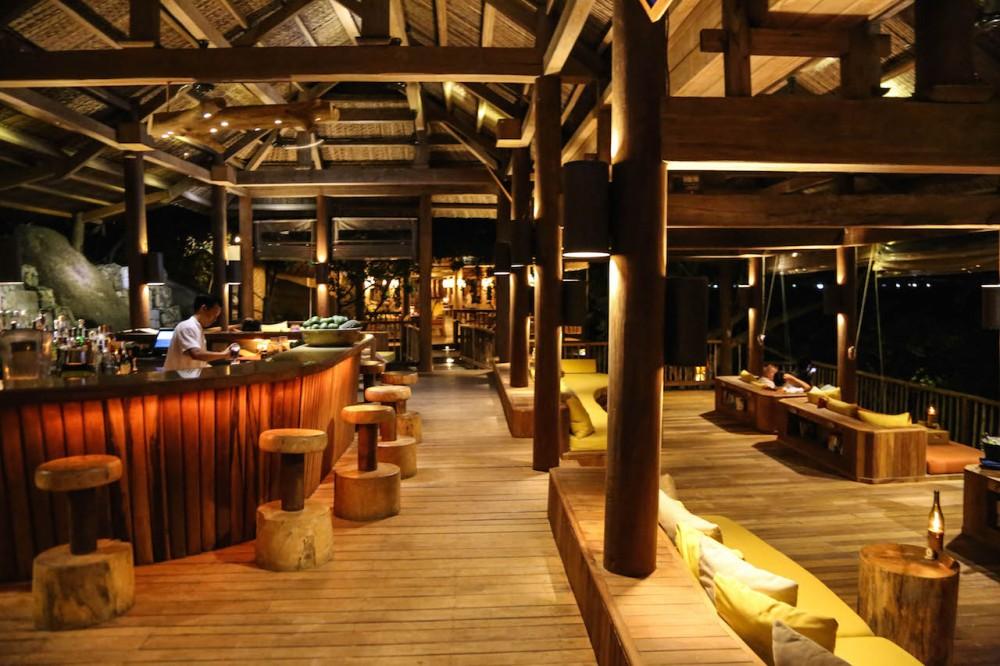 ...befindet sich auch die relaxte Bar
